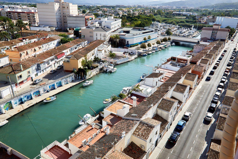 Desembocadura del mar mediterràni fin el riu Serpis