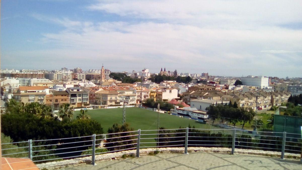 vue générale de la ville depuis l'ermitage de San Antonio